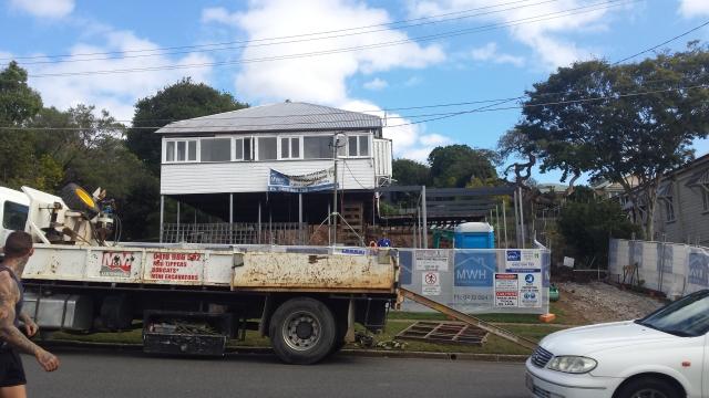 Queenslander renovation steel extension