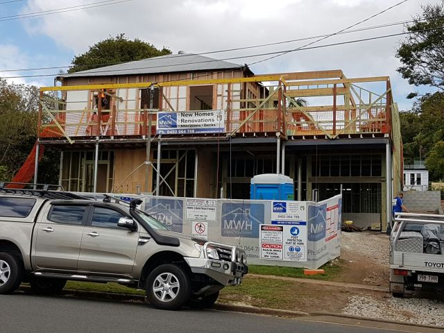 Front facade ready for trusses - Queenslander renovation and build