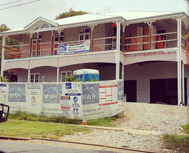 Queenslander renovation - now with verandah brackets