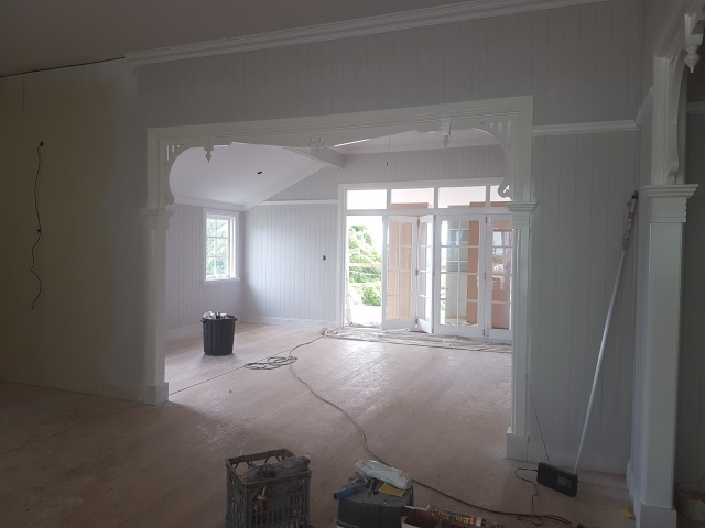 Queenslander living room build